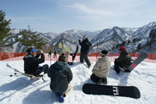 スキー・スノーボード&ウェア一式レンタル無料
