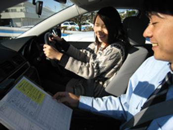 尾久自動車学校教習風景
