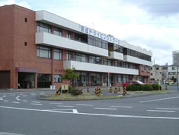 京成ドライビングスクール外観