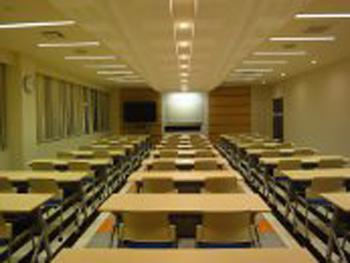 コヤマドライビングスクール成城校教室